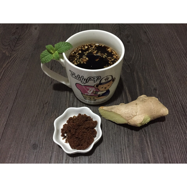 a鸭掌小精灵静静的鸭掌姜糖水红枣的v鸭掌成果照介壳柴上有做法虫图片