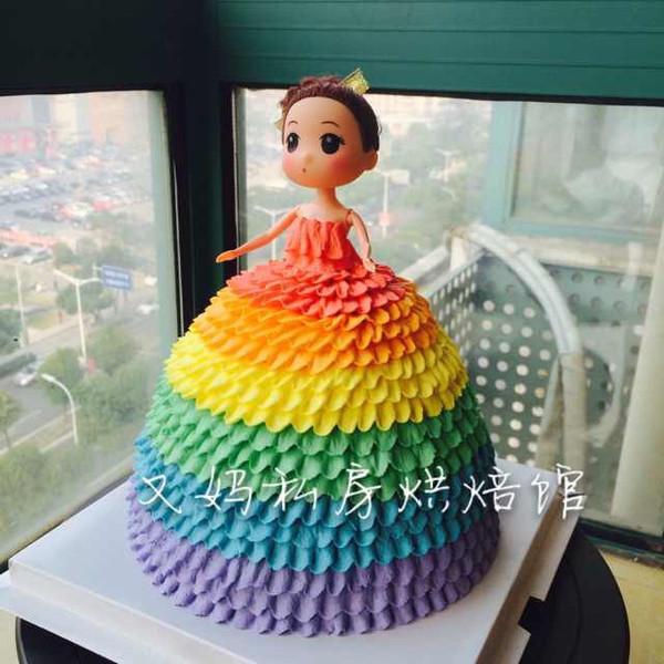 彩虹芭比蛋糕图片