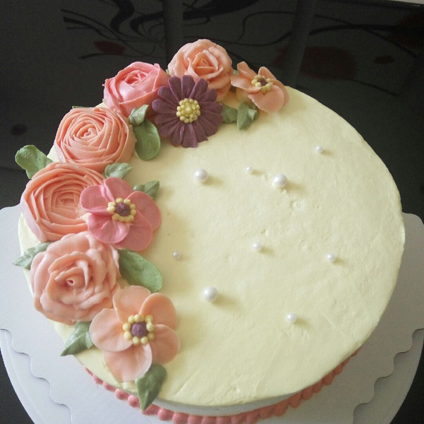 简约创意生日蛋糕图片【相关词_ 创意生日蛋糕图片大全】