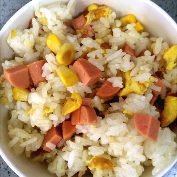 霓虹兔的玉米火腿肠蛋炒饭做法的学习成果照