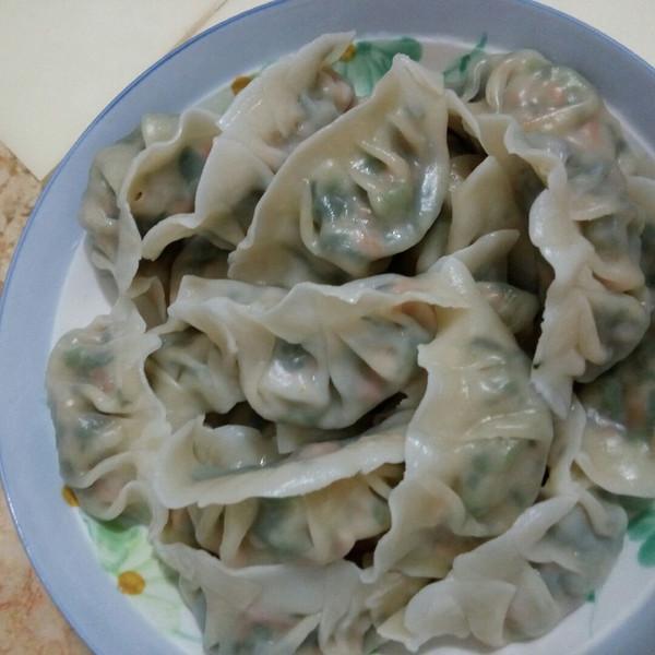 小玉家常菜的韭菜胡萝卜猪肉饺子做法的学习成