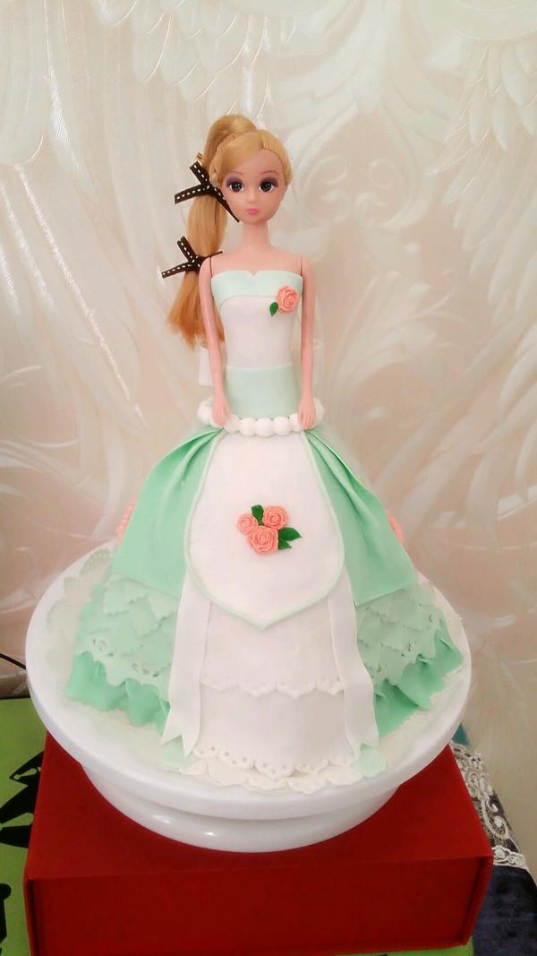 芭比娃娃翻糖蛋糕