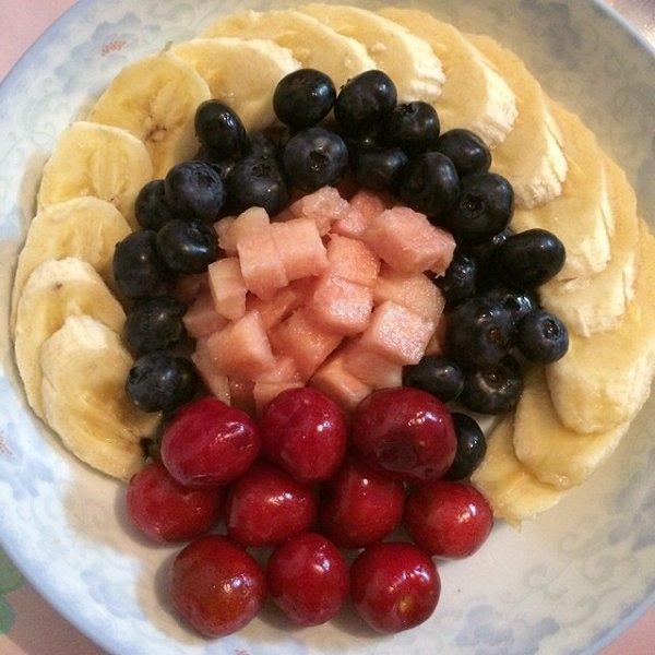 zhou簌簌的水果拼盘做法的学习成果照