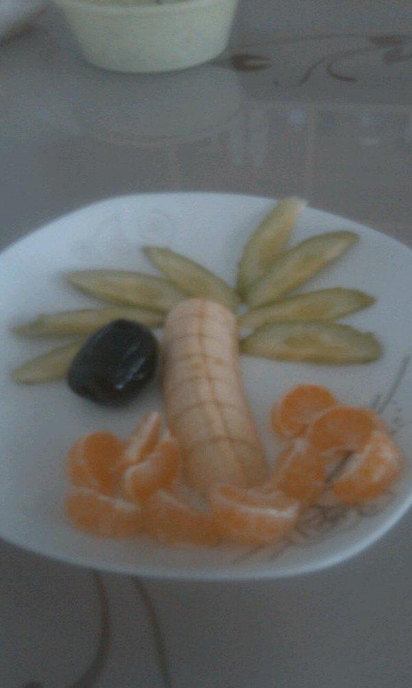 雪╭(╯ε╰)╮鹏的创意水果拼盘做法的学习成果照