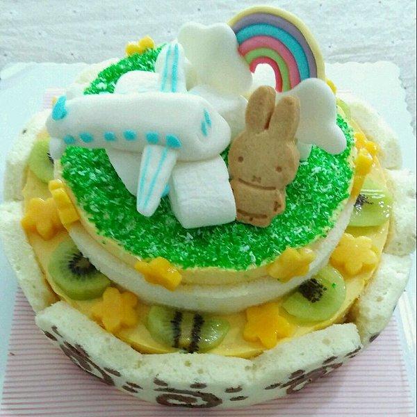 飞机彩虹生日蛋糕