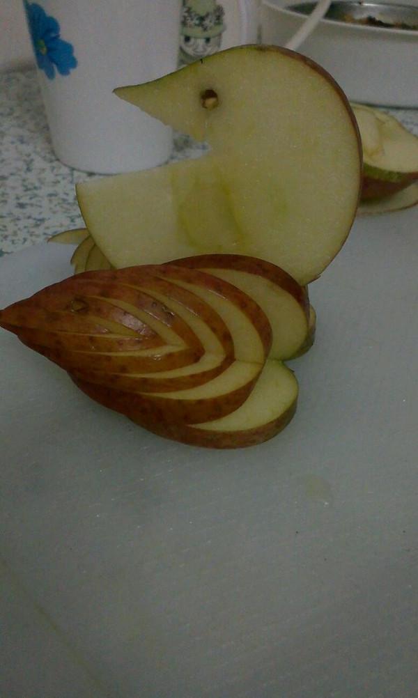 321梦的 苹果天鹅 手把手教你拼盘装饰 做法的学习成果照 豆果美食