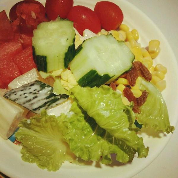 土豆小熊饼干的水果蔬菜沙拉做法的学习成果照