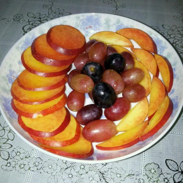 2014的简单水果拼盘 水果的别样风情做法的学习成果照 豆果美食