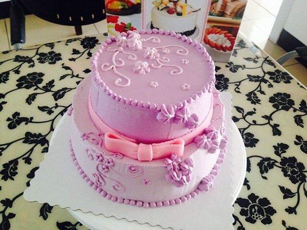 裱花生日蛋糕